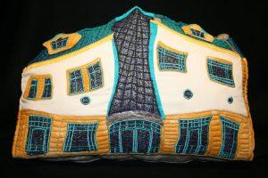 Krzywy Domek Cushion